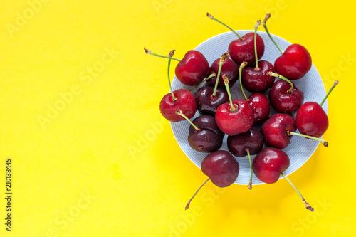 Fotobehang Kersen Fresh cherries