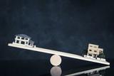 住宅模型とバランス - 210258807