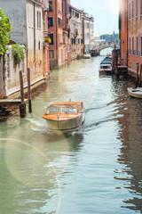 Bateau taxi à Venise © Image'in