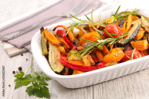 roasted vegetable and rosemary - 210622067