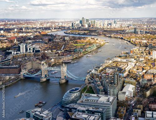 Thames VIew - 210747056