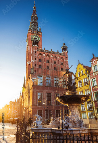 Fototapety, obrazy : Beautiful fountain in the old center of Gdansk city, Poland