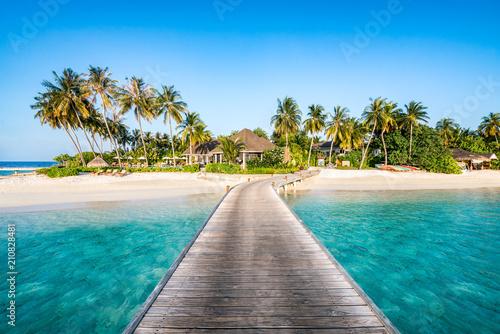 In de dag Tropical strand Urlaub auf einer einsamen Insel in den Tropen