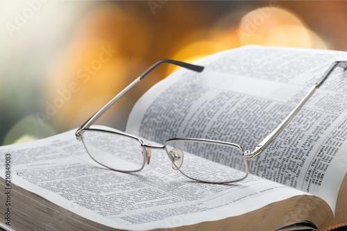 Leinwanddruck Bild Book.