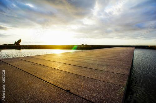 Plexiglas Zonsopgang Sunrise Pier