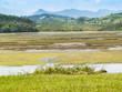 Contraste de color en la ria de San Vicente de la Barquera en Cantabria