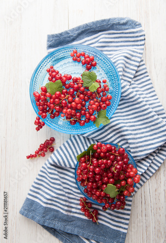 Foto Murales Freshly Picked Red Currants Ready to Eat