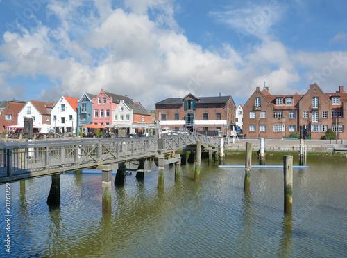 Fotobehang Noordzee im Binnenhafen von Husum in Nordfriesland,Schleswig-Holstein,Deutschland