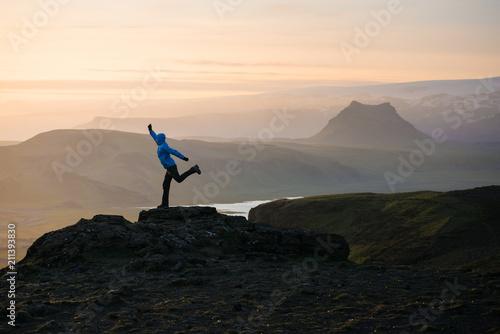 Aluminium Zwart Tourist adventures in the mountains of Iceland