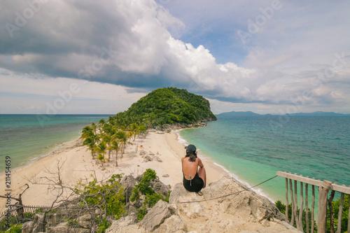 Aluminium Tropical strand Stunning Gabugaw Gamay Island in Iloilo, Philippines