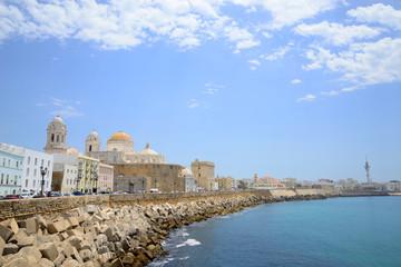 Cádiz, Spain - June 21, 2018: Coastline in the city of Cádiz. © Julián Maldonado