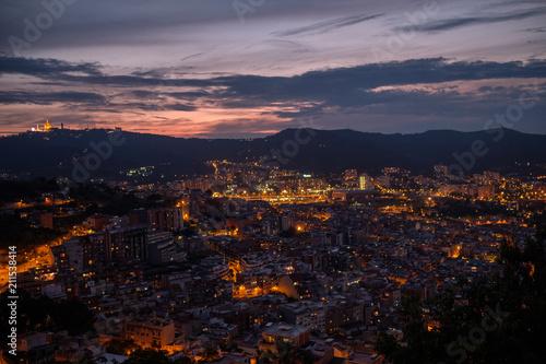 Aluminium Barcelona Barcelona city lit up at at night