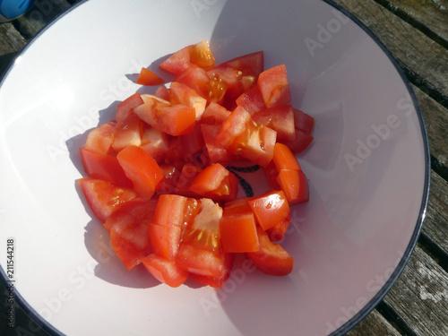 Tomaten würfeln - 211544218