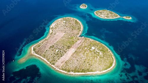 Aluminium Tropical strand Hearth Island on Adriatic sea