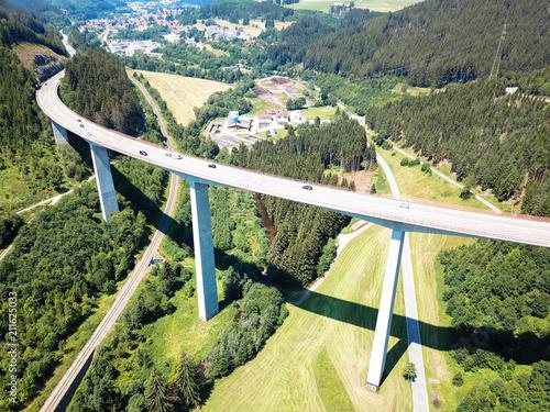 Aluminium Bruggen Gutachtalbrücke ist eine Autobahn in Titisee-Neustadt