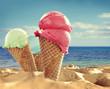 Leinwanddruck Bild - Summer photo of icecream and beach background