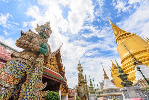 Plexiglas Bangkok Golden Pagoda in Wat Phra Kaew / Wat Phra Kaew Public Temple Landmark in Thailand