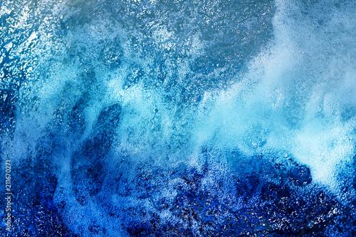 Aluminium Bergrivier hoto background of bright bubbling water