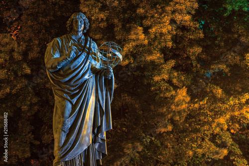 Fototapeta Toruń. Pomnik Mikołaja Kopernika.