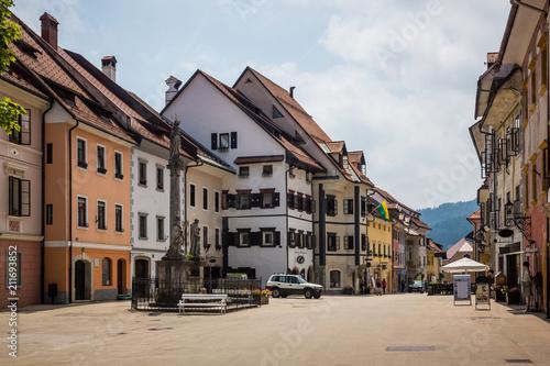 Old buildings on the main square of Skofja Loka, Slovenia © Artur Bociarski
