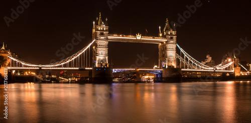 Fototapeta Paisagem da Tower Bridge em Londres