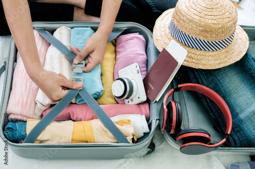 Leinwanddruck Bild Preparation for vacation or travel.
