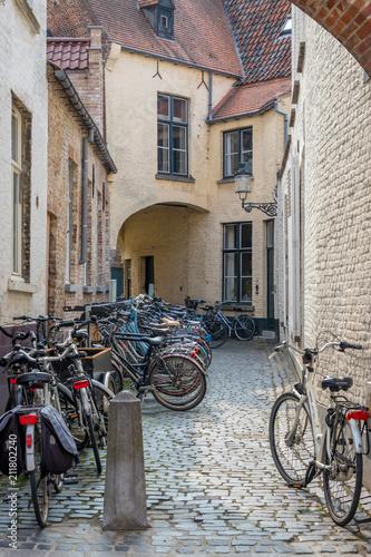 Plexiglas Fiets Fahrräder im Innenhof
