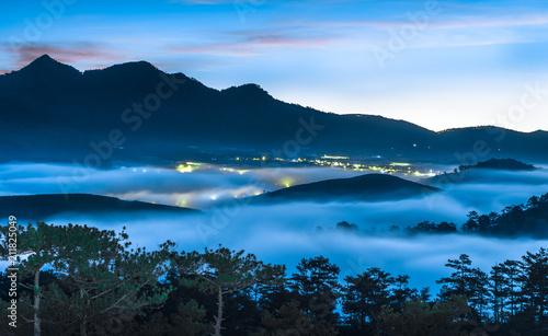 Fotobehang Nachtblauw Dalat, Vietnam