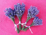 Lavendelsträußchen für den guten Schlaf - 211837688