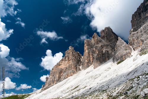 Fotobehang Nachtblauw Dolomites and three peaks of Lavaredo