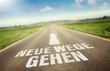 canvas print picture - Neue Wege gehen