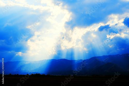 天空からの光