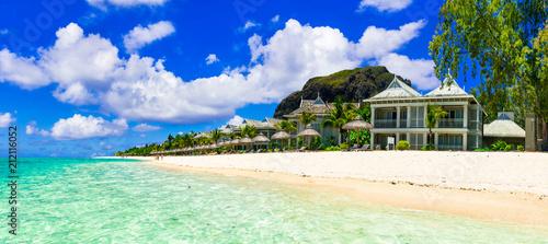 Fotobehang Freesurf Luxury vacation in tropical resort. Mauritius island. Beachfront villa