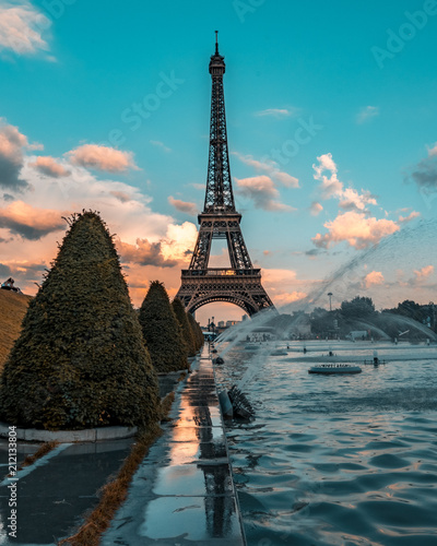Wall mural Eifel tower sunset