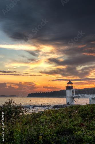 Aluminium Cappuccino Evening Sky Over Marshall Point Lighthouse