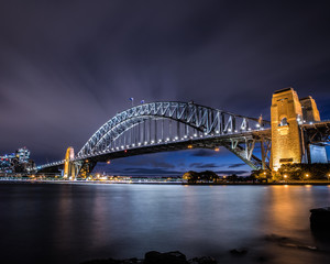 Sydney Harbour Bridge at night © Brendon @btellus