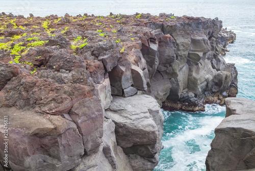 火山噴火の痕跡、静岡県伊東市城ケ崎海岸にて
