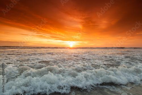 Fotobehang Bali Radiant sea beach sunset