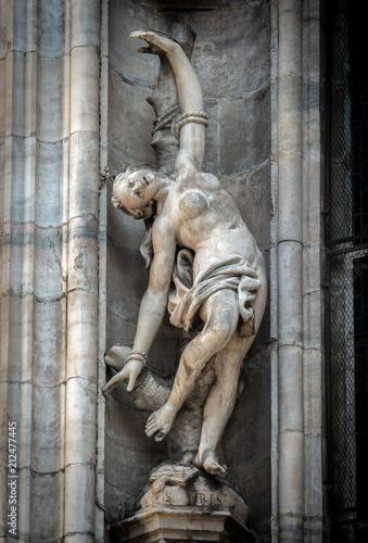 Aluminium Milan Outside decoration statues of Milan Cathedral (Duomo di Milano), Italy