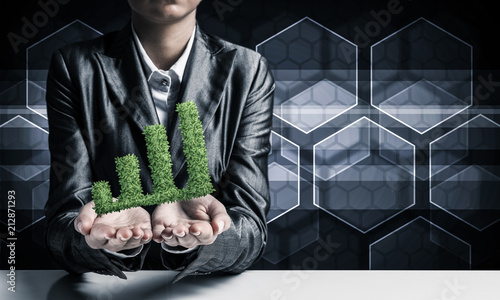 Poster Businessman presenting growing graph.