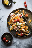 Quick pasta salad with tomatoes - 212906640