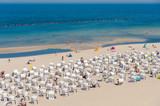 Strand und Strandkörbe in Sellin auf der Insel Rügen - 212919237