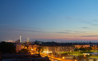 Berlin bei Nacht mit Fernsehturm © Robert Kneschke