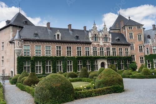 Foto Murales Gaasbeek Castle in Flanders, seen in a day trip from Brussels, Belgium