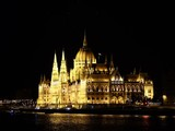 Beautiful cityscape of Budapest and the Danube River during summer - 213090017