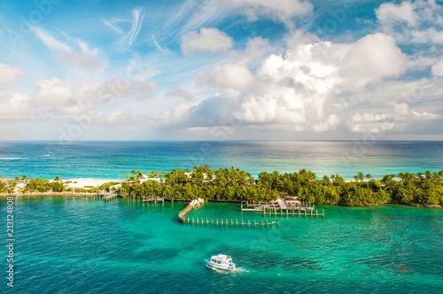 Foto Murales Turquoise sea blue sky Nature landscape Caribbean sea