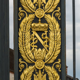 Golden Armorial bearings of Napoleon Bonaparte, gates in front of FONTAINEBLEAU Palace - 213181611