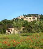 Provence hilltop village - 213190413