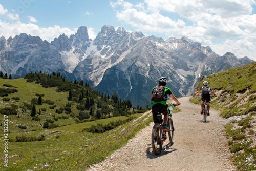 Mountain bike in Dolomiti © Franco Bissoni