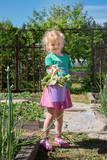 Child gardening  - 213290845